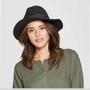 NWT Universal Thread Womens Panama Olive Hat
